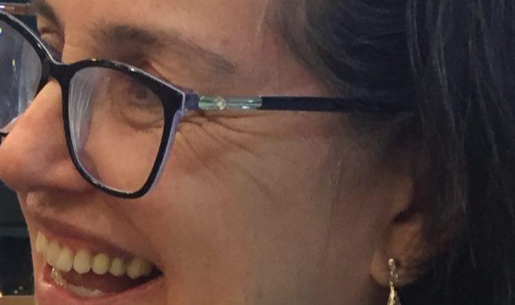 Advogada Elaine Ribeiro de Souza Anderle assume comando do Fozhabita